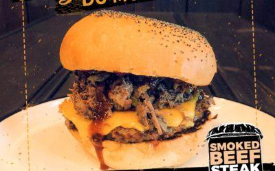 Délicieusement automnal, le Smoked Beef, burger du mois d'Octobre